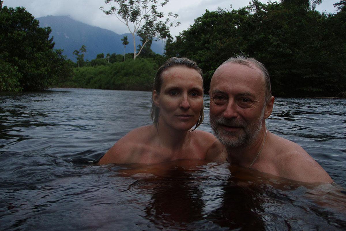 <p>Konečně v cíli cesty pod vrcholem Cerro Neblina (2 994 m). Venezuela / Brazílie.</p>