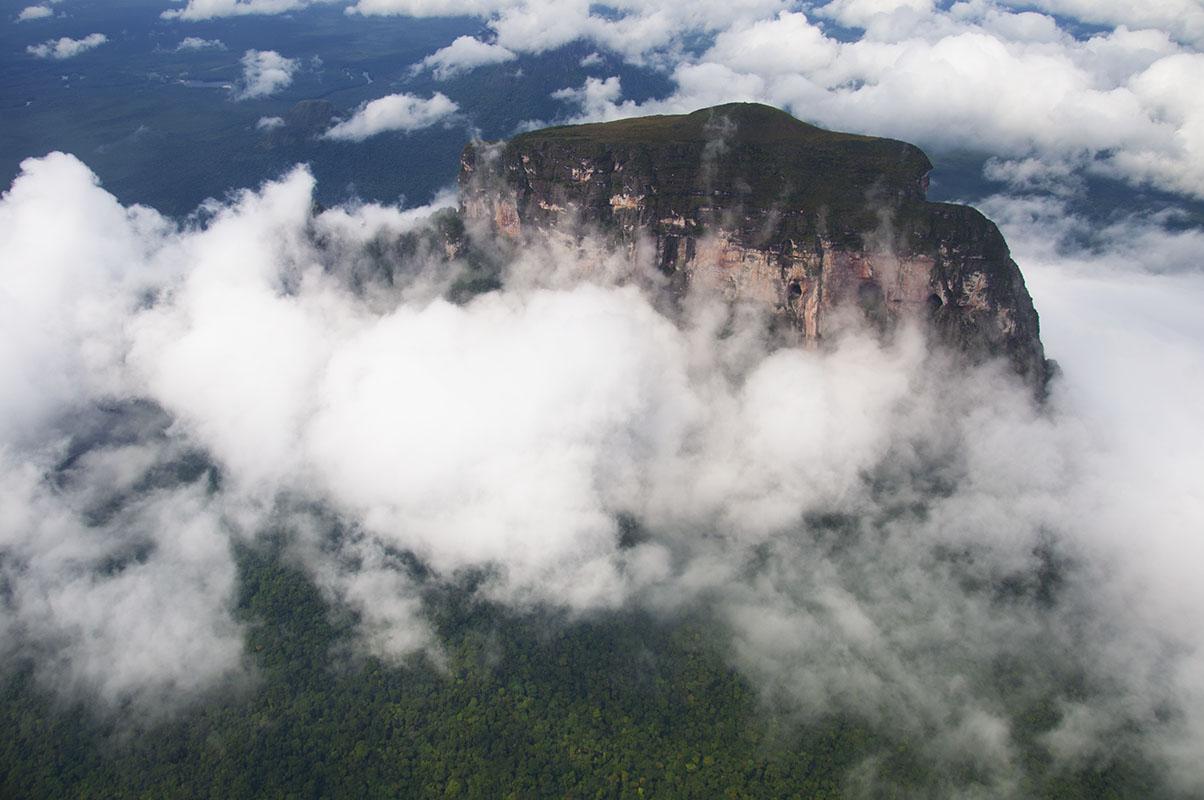<p>Cerro Autana, Venezuela.</p>