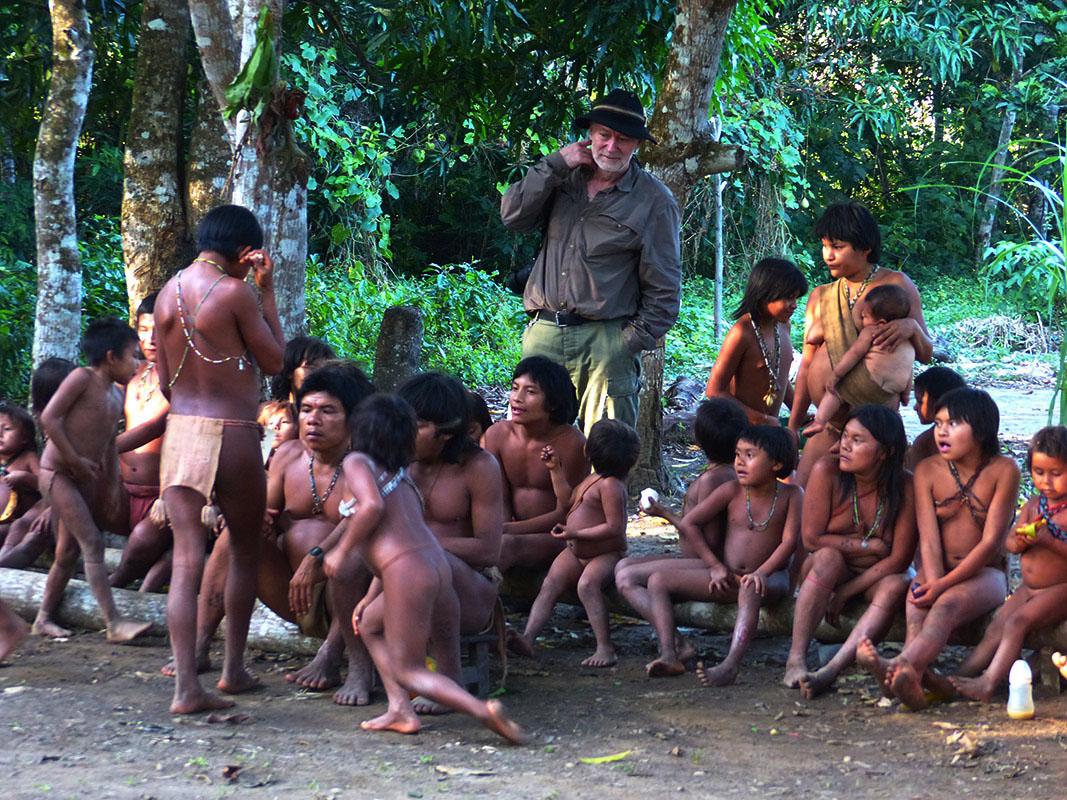 <p>Při pátrání po skalňácích jsem našel azyl také v komunitě indiánů Hoti. Sierra Maigualida, Venezuela (foto Peter Ondrejovič).</p>